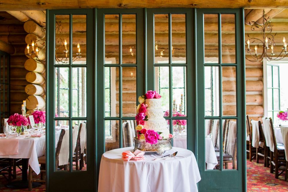25-beanos-cabin-wedding-photos.jpg