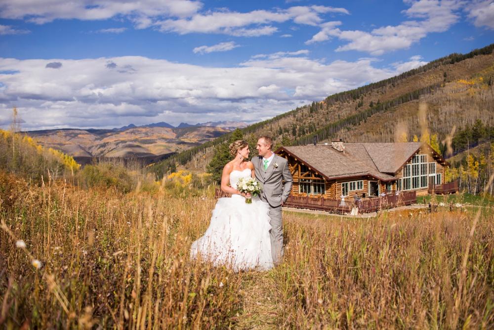 37-beanos-cabin-wedding-photos.jpg