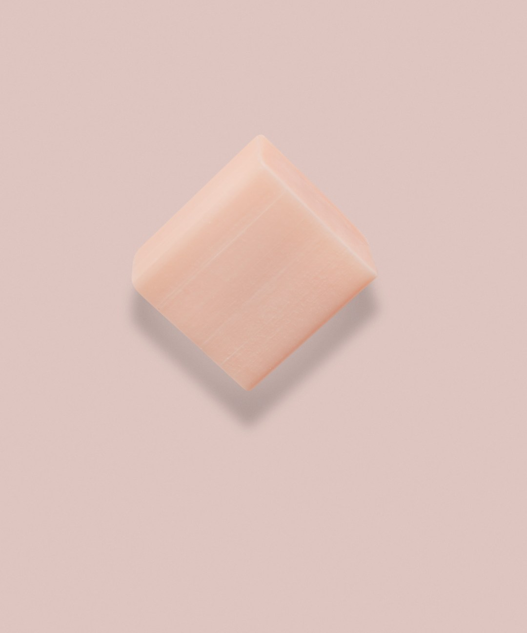 only one con lo sfondo rosa