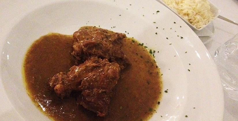 zambeze restaurante moçambicano mouraria lisboa chacuti de pato