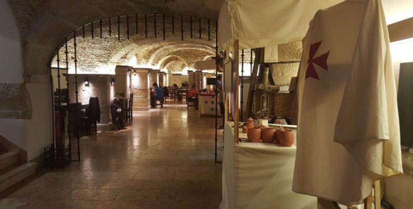d afonso o gordo restaurante tematico sé lisboa comida portuguesa medieval