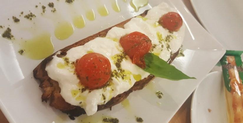 trecento-sessanta-restaurante-italiano-pizzas-parede-burrata