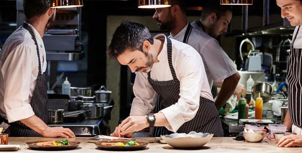 NOTÍCIA: Chef Henrique Sá Pessoa apresenta nova carta do Alma