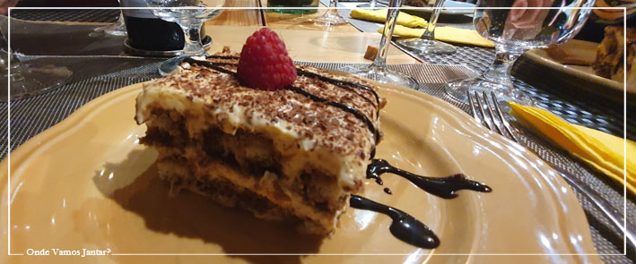 This image has an empty alt attribute; its file name is la-bottega-di-gio-restaurante-italiano-comida-italiana-pastas-campo-de-ourique-lisboa-tiramisu.jpg