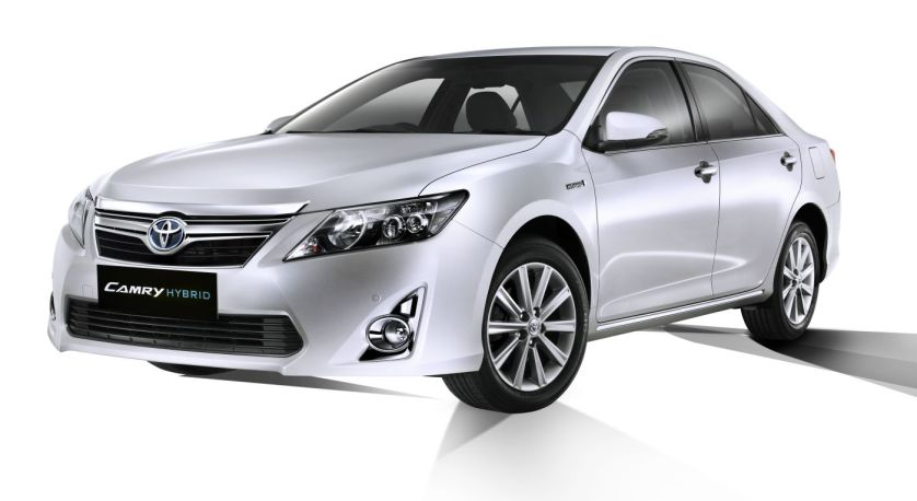 Toyota Camry Hybrid Specification Price In India