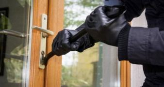 Security mistakes allow burglars in your home to steal your belongings