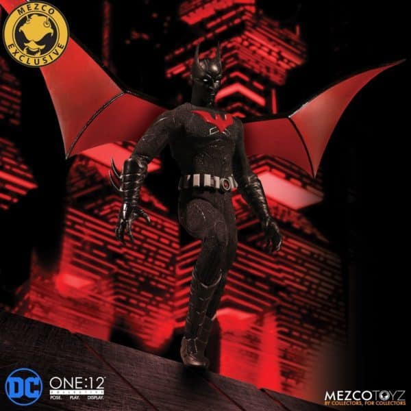 mezco-one12-collective-batman-beyond-2