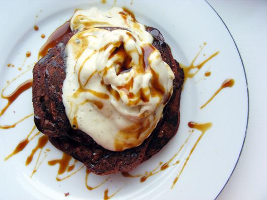 beet-carob-pancakes-1
