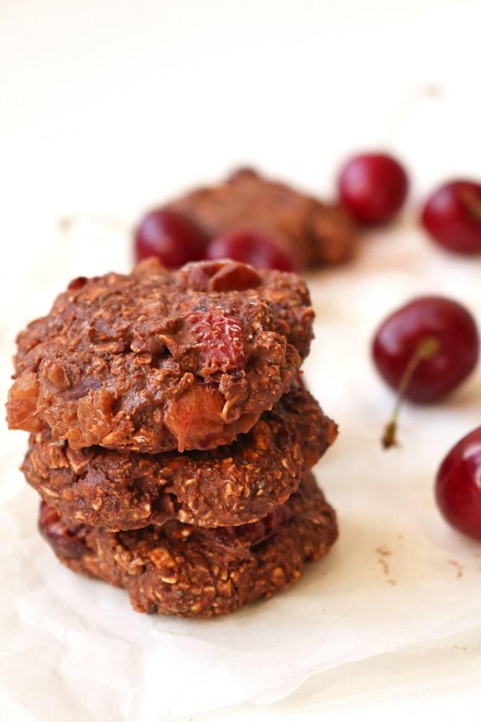 vegan-chocolate-cherry-no-bake-cookies-7