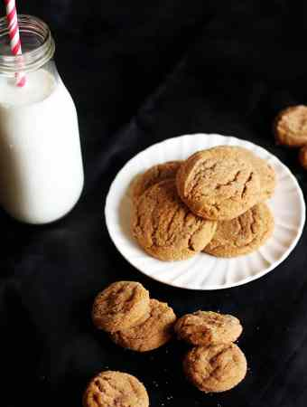 SOFT & CHEWY GINGER COOKIES