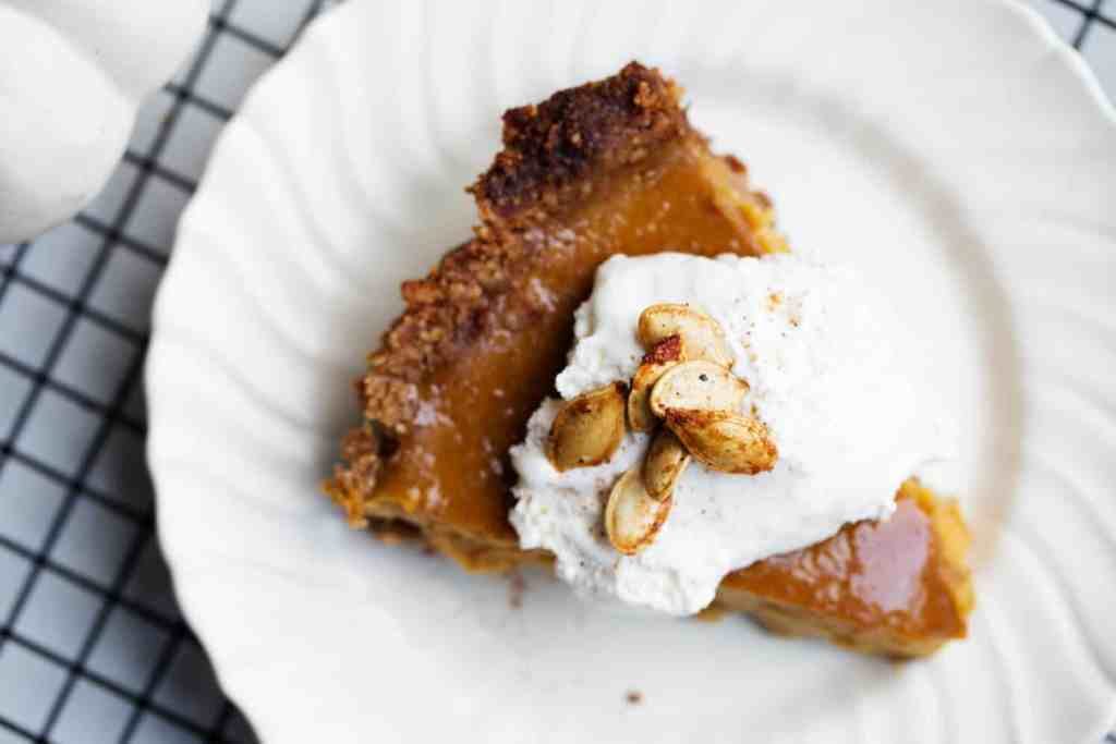 fresh pumpkin pie | homemade pumpkin filling | gluten free pie | gluten free walnut crust | how to make a gluten free pie