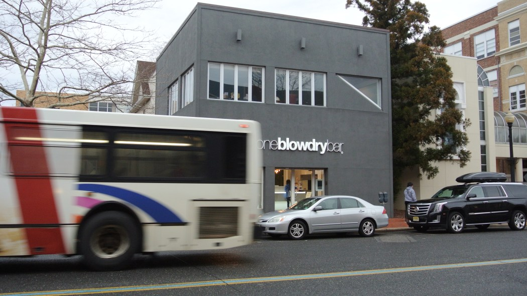 Red Bank's Blow Dry Bar Hair Styling Location in Monmouth County NJ for the Best Blow Out Hair!