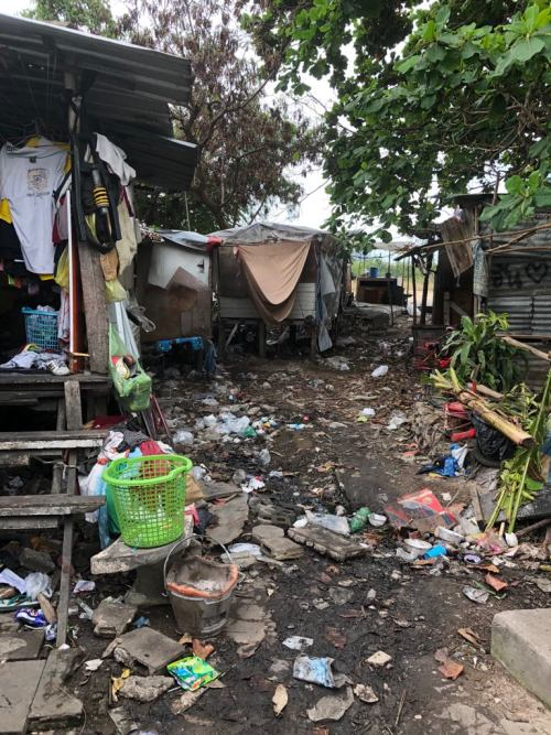 Life In The Slums of Thailand