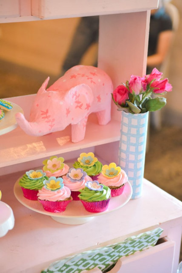 Lilly-Pulitzer-Party-Theme_10