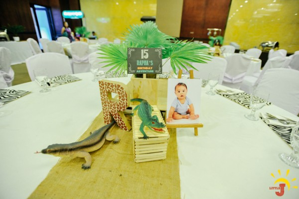Safari Themed Birthday Party - 23