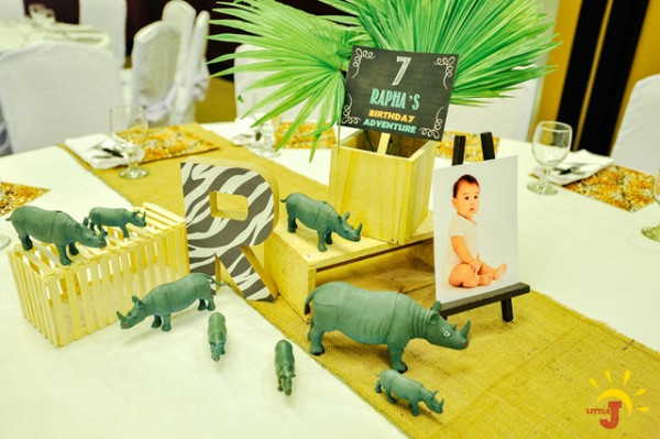 Safari Themed Birthday Party - 35
