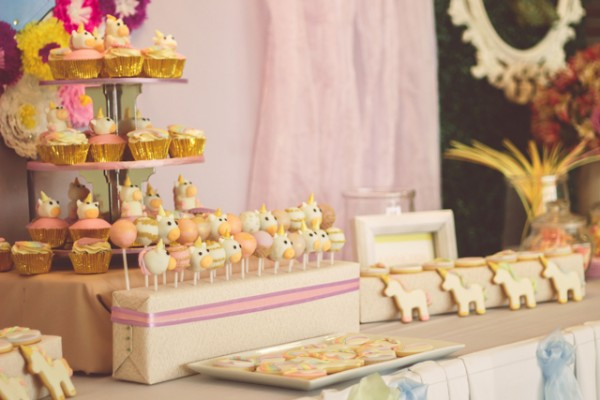 Rainbows and Unicorns Party - 36