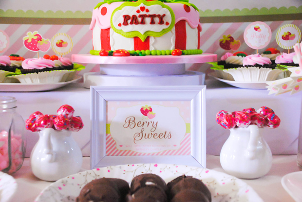 Strawberry Dessert Table - 09