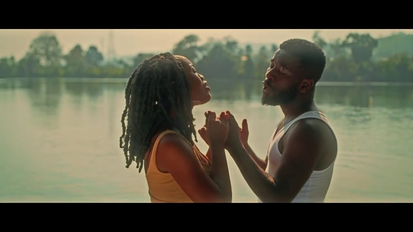 Bisa Kdei ft. Gyakie – Sika (Official Video)