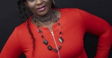 Esther Smith - Adze Ko