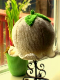 Clochette: Knitted Baby Hat Pattern
