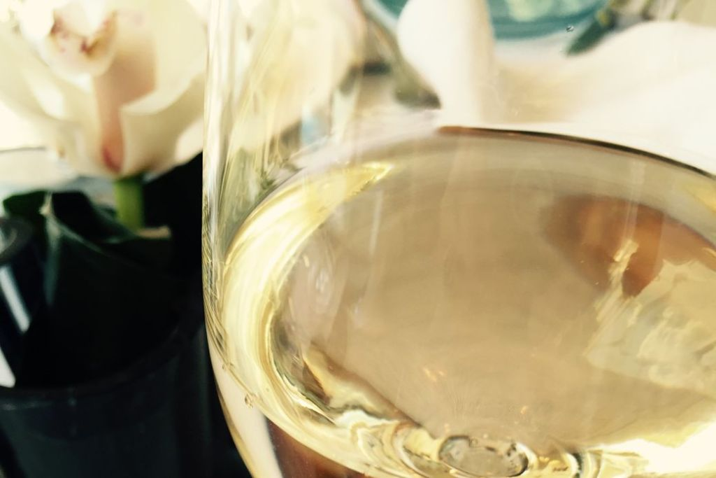 white wine but not pinot grigio