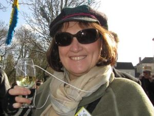 Jane Clare clarestgirl in Chablis wine
