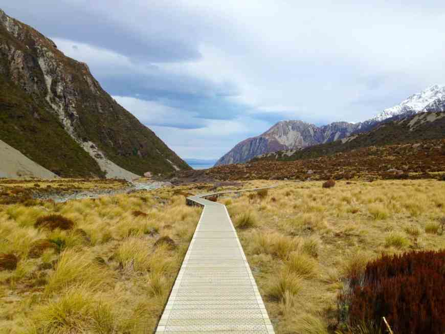 The wooden walkways of the Hooker Valley track