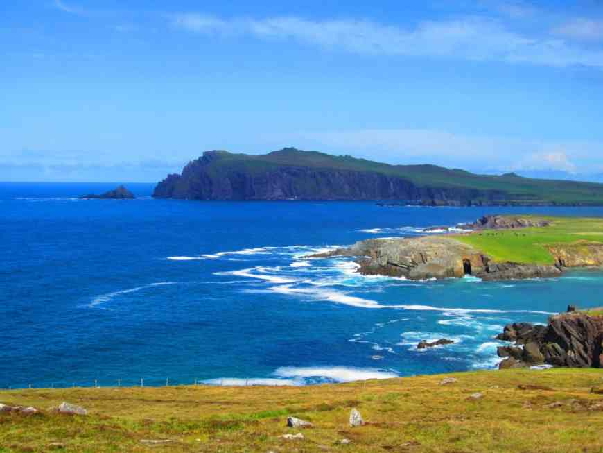 Tips for driving Ireland's Dingle Peninsula, one of the most breathtaking route on the island--which is saying something. See the best route, what to see, & why this absolutely must be on your Ireland roadtrip itinerary!