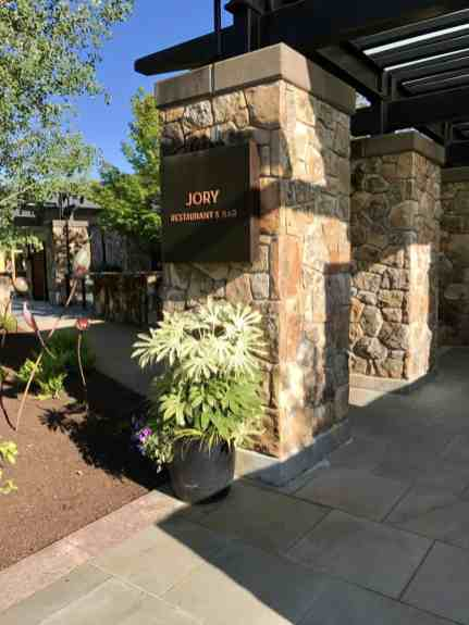 Beautiful dinner at Jory at the Allison Inn in Willamette Valley | which wineries to visit, where to eat, how to plan your trip | Everything you need to know for a visit to the Willamette Valley, Portland itinerary, wine weekend in Oregon, the perfect girls' trip #willamette #wineries #oregon