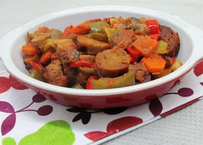 Recipe: Vegan Spetsofai (Greek Stew With Sausage and Peppers)