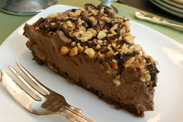 Recipe: Snickers-Inspired Chocolate, Caramel, and Peanut Butter Pie