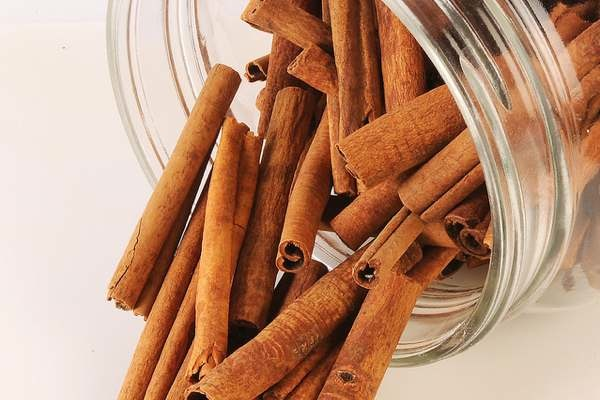 Spotlight on Cinnamon: Health Benefits, Tips + Recipes