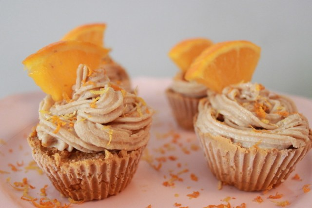 Recipe: Raw Carrot-Orange Cupcakes