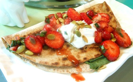 Spinach-Quesadillas-with-Fresh-Strawberry-Spring-Onion-Salsa1