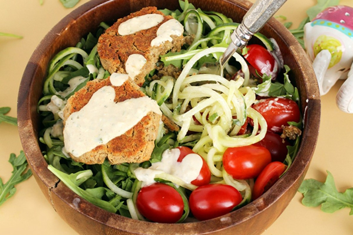 Baked-Falafel-and-Cucumber-Noodle-Salad-With-Mint-Tahini-Dressing-1094x800