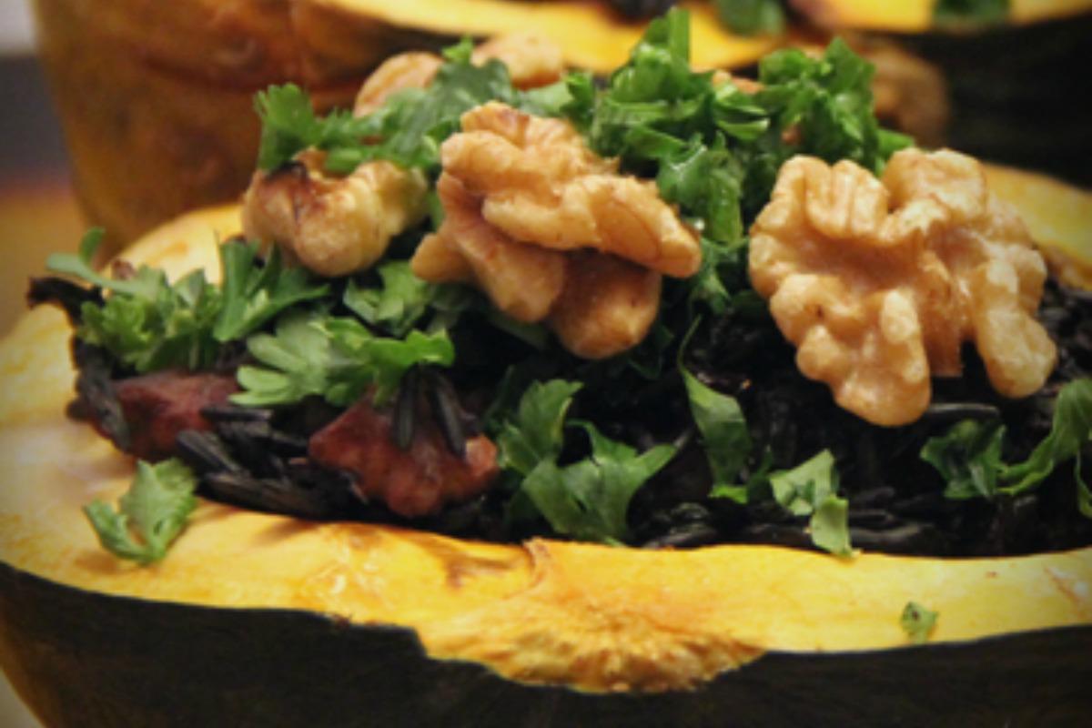 Kabocha Squash Stuffed With Black Rice, Kale and Wakame [Vegan]