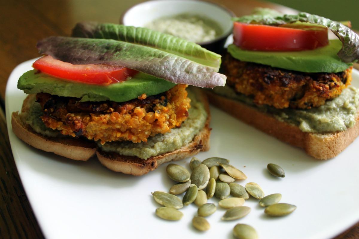 lentilquinoaburgers (1)