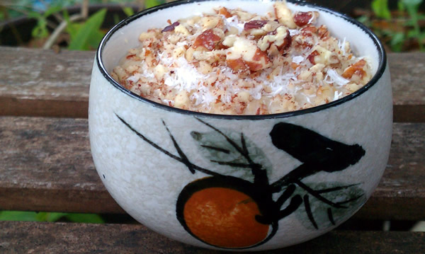Coconut-Banana-Pecan-Coffee-Cake-Oatmeal (1)
