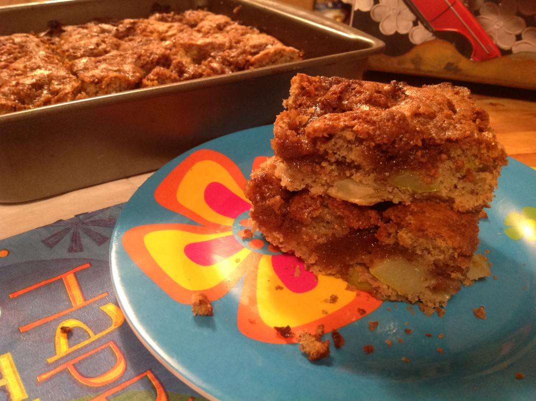 Pear-Crumb-Cake-1071x800