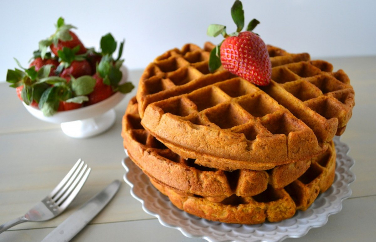 Pumpkin-Apple-Pecan-Pie-Waffles-Vegan-GF-1200x774