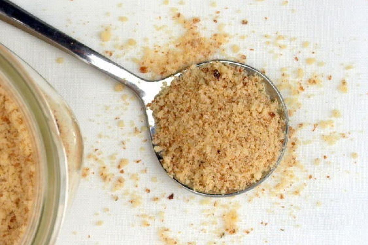 Raw-Almond-Parmesan