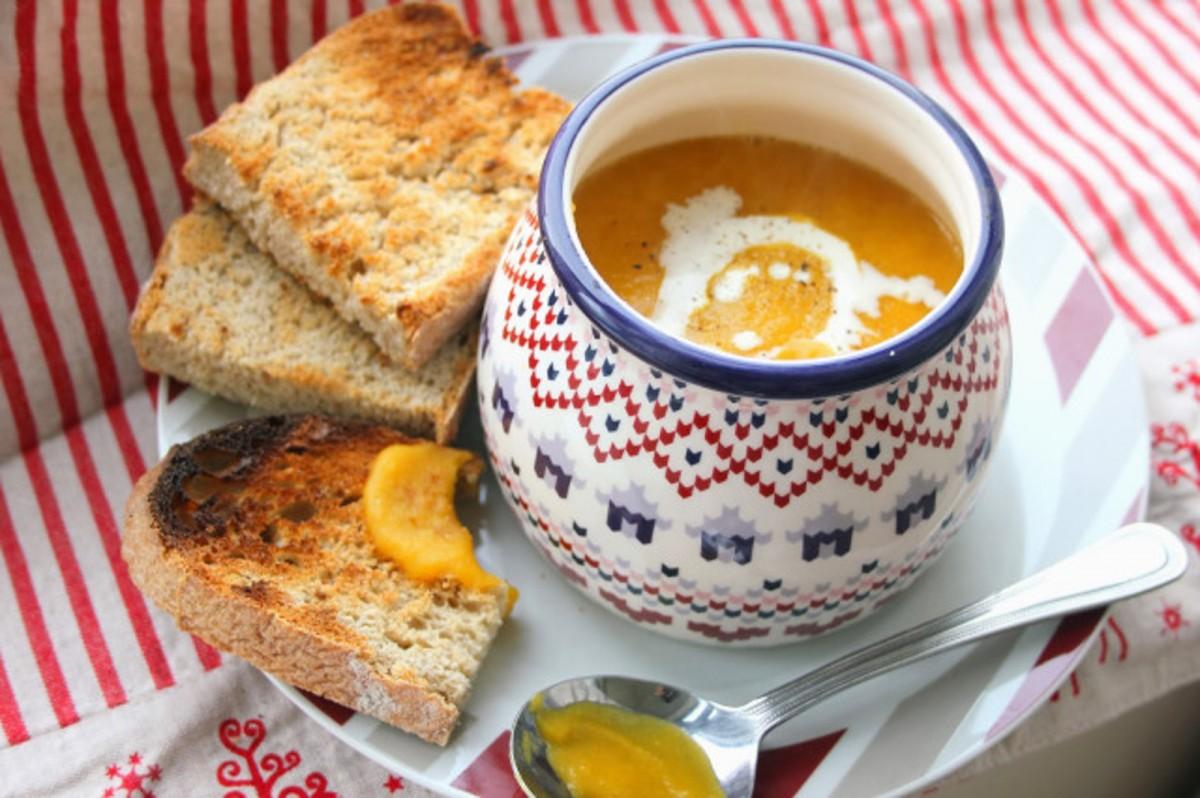 Sweet-Potato-Carrot-and-Leek-Soup-1200x798
