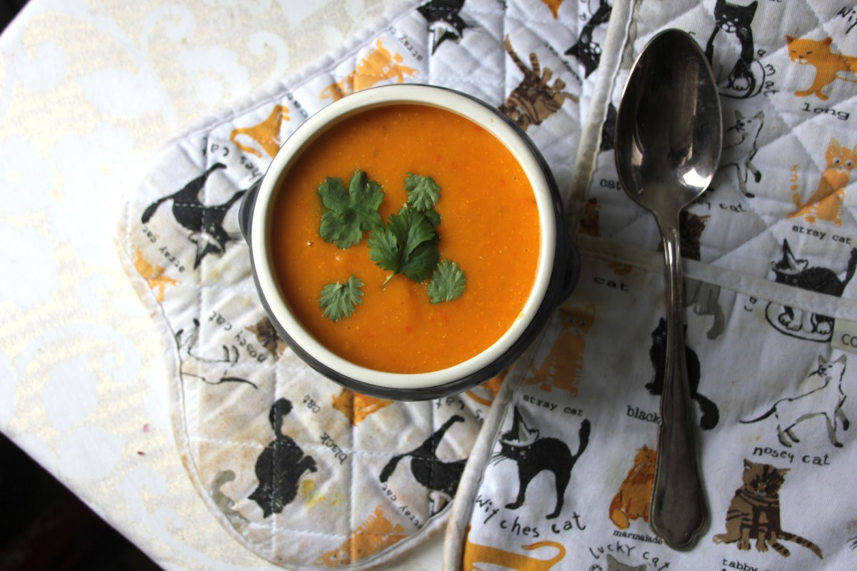 Thai-Carrot-Soup-1200x800