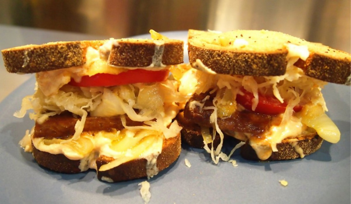 The-Magical-Tempeh-Reuben-Vegan-1200x698