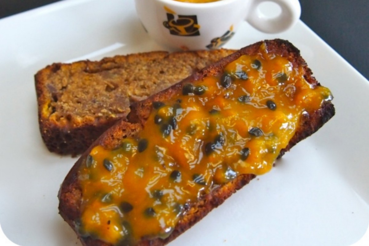 Toasted-Banana-Bread-With-Passionfruit-Butter-Vegan-1200x800