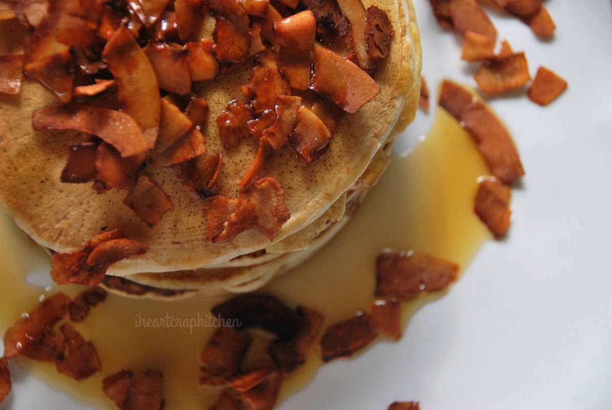 'Bacon' and Maple Syrup Pancakes [Vegan]