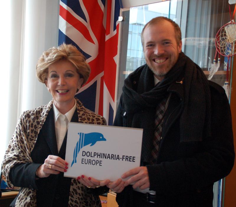 MEP Pledge for DFE - Daniel Turner with Jacqueline Foster MEP