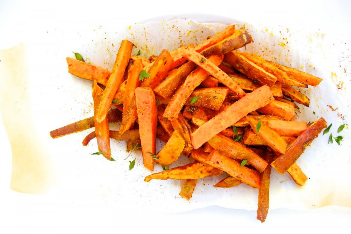 Roasted-Sweet-Potatoes-With-Latin-Spice-Mix--1200x800 (1)