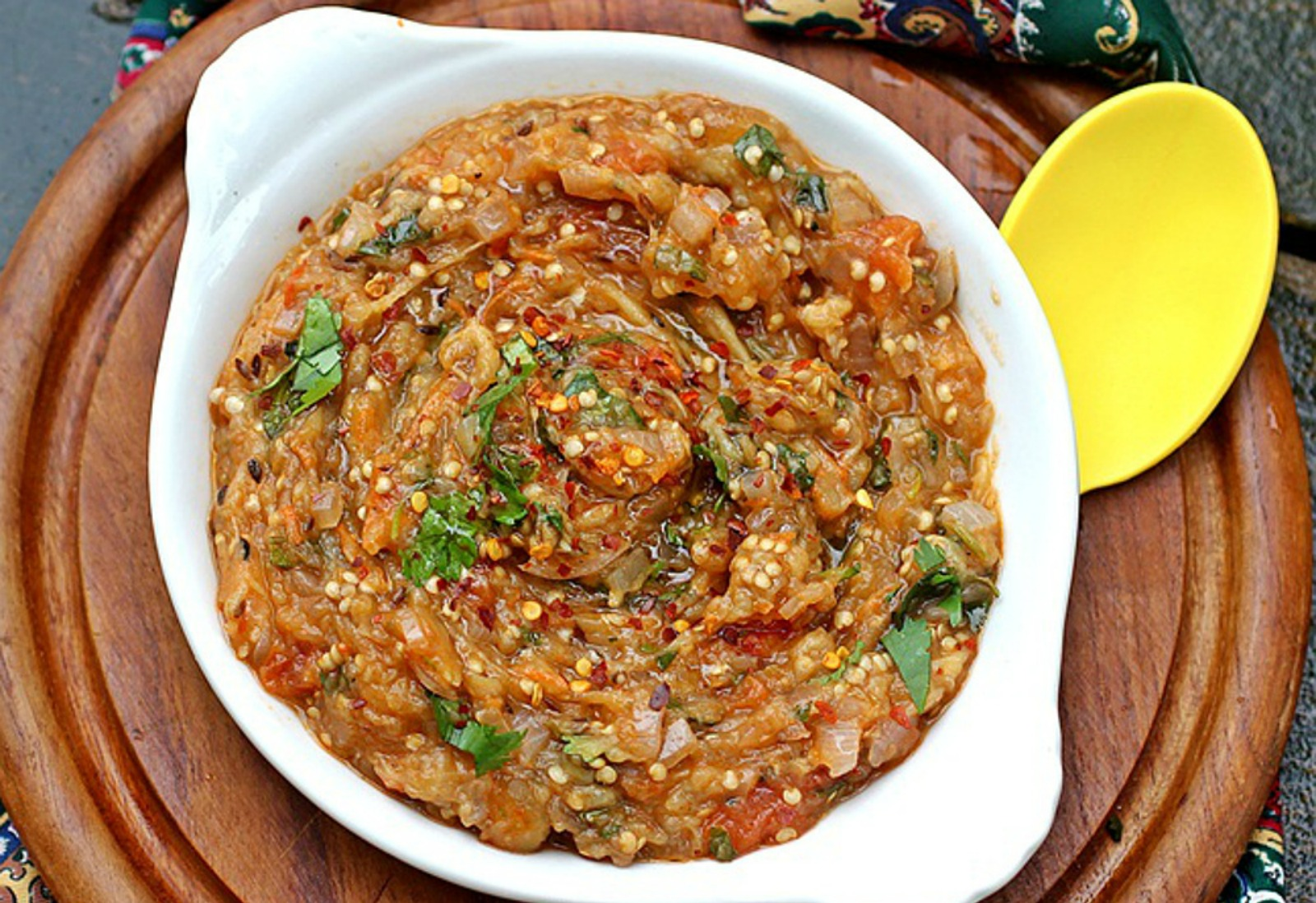 Indian-Baigan-Bharta-Char-Roasted-Eggplant-Dip-